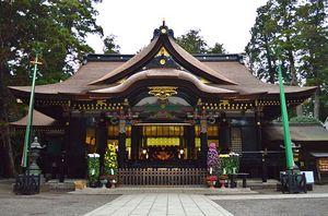 Katori-jingu_haiden_shomen.JPG